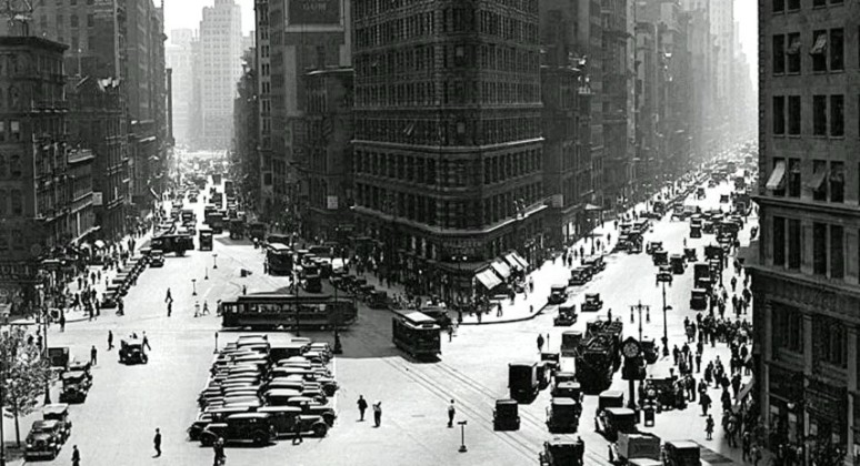 NYC 1925 (Small)